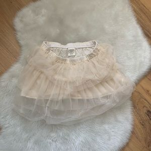 Crewcuts cream tulle skirt girls size 4/5